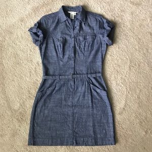 Max Studio button down fitted dress
